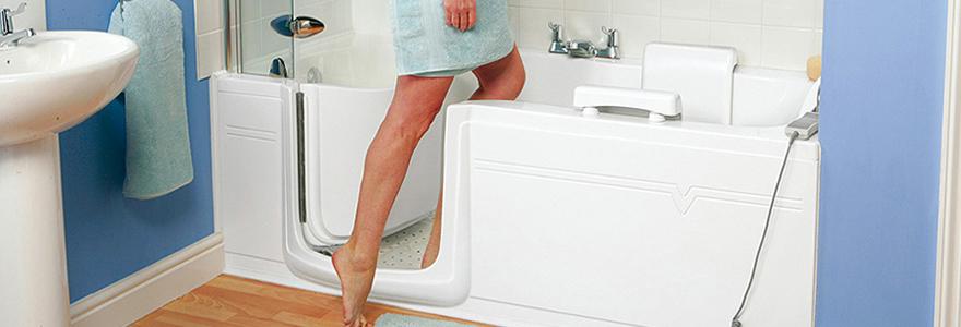 avantages de la baignoire à porte